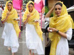 rakul preet singh white chikankari suit at gurudwara