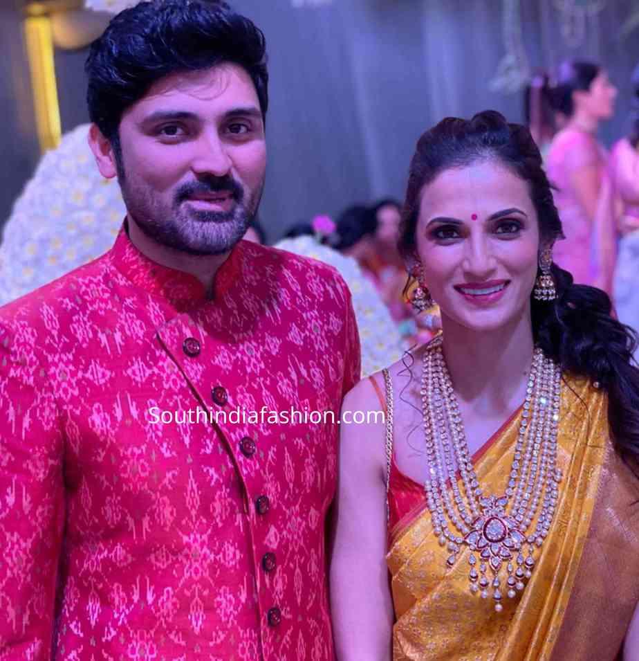 shilpa reddy yellow kanjeevaram saree at a wedding (2)