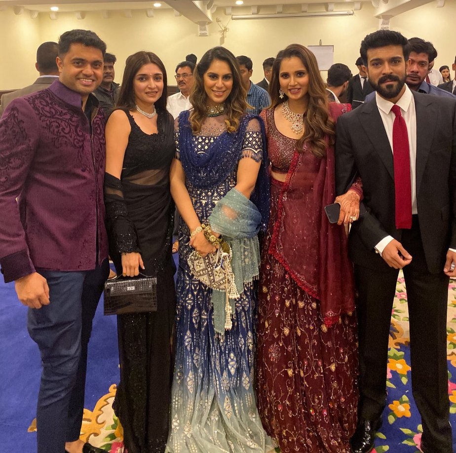 azharuddin son and sania mirza sister wedding reception photos