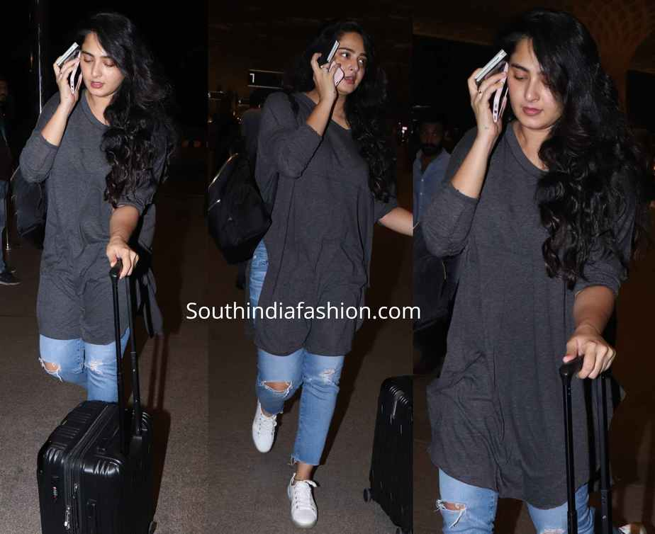 anushka shetty snapped at airport