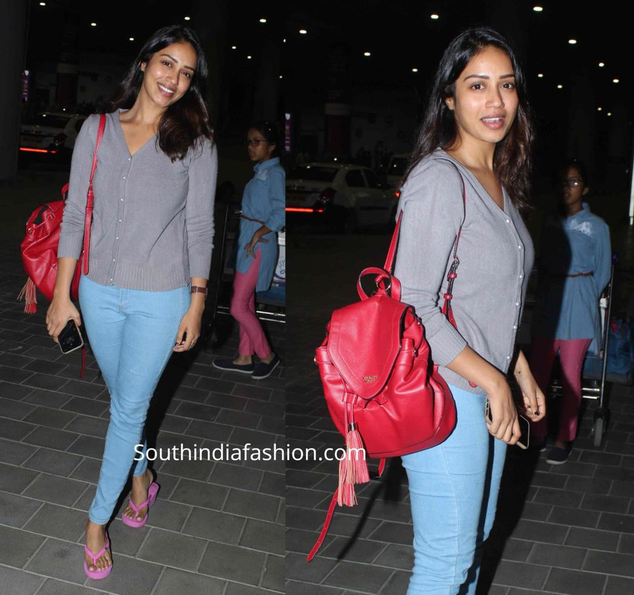 nivetha pethuraj at hyderabad airport