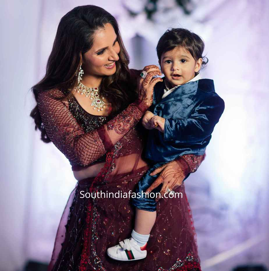 sania mirza lehenga at her sister wedding reception (4)