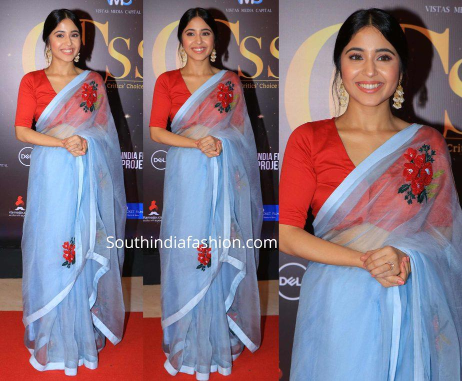 shweta tripathi in a blue saree