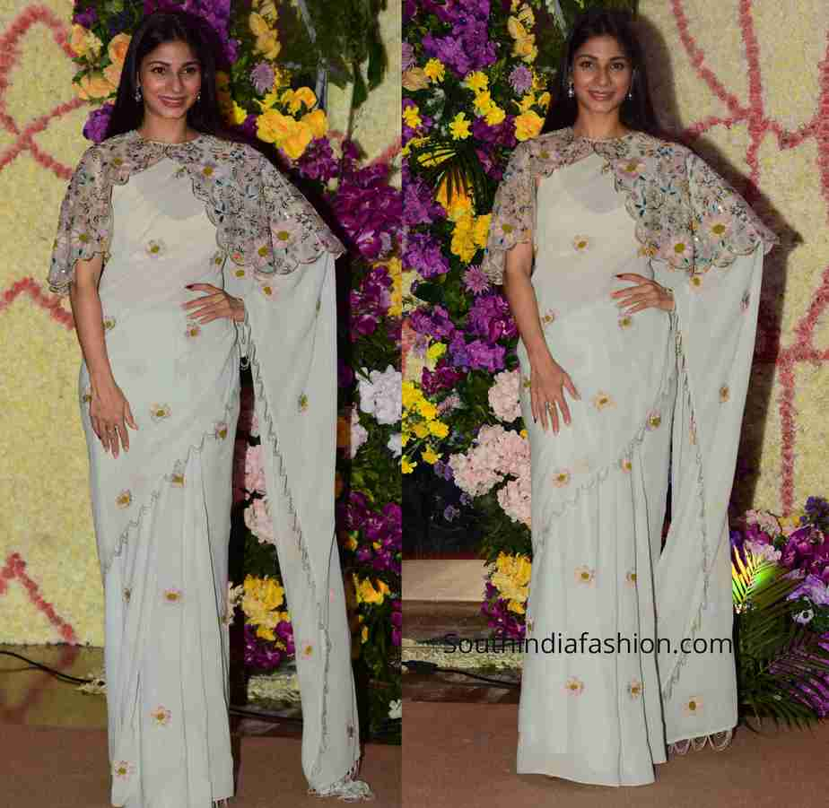tanisha mukerji saree with cape (2)