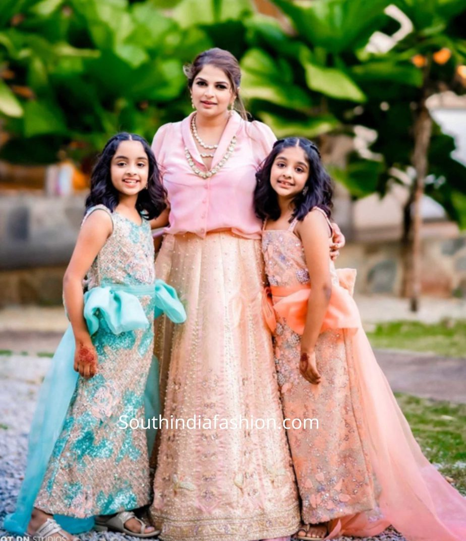 viranica manchu and her kids in ethnic wear at a wedding