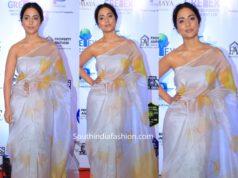 hina kahn in white handpainted organza saree at lions gold awards