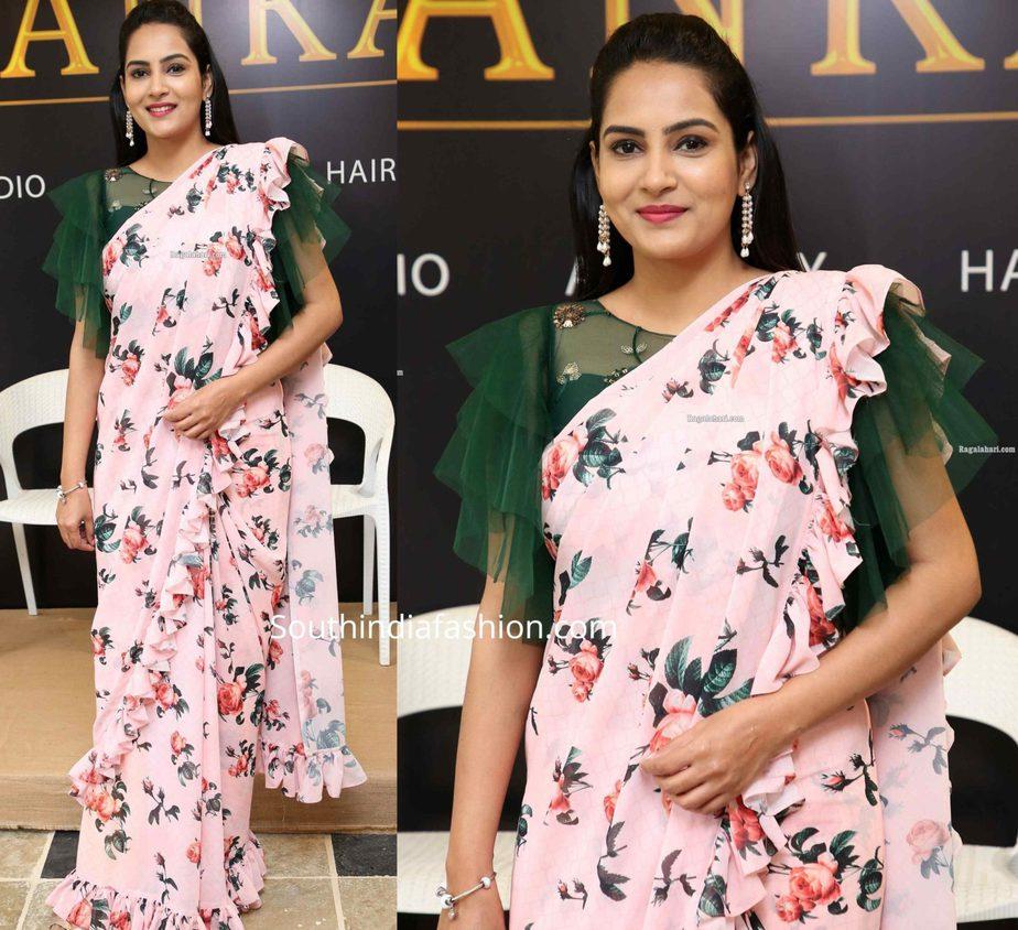 himaja in floral ruffle saree (1)