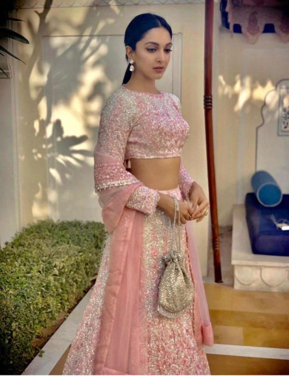 kiara advani in pink lehenga at her best friend wedding