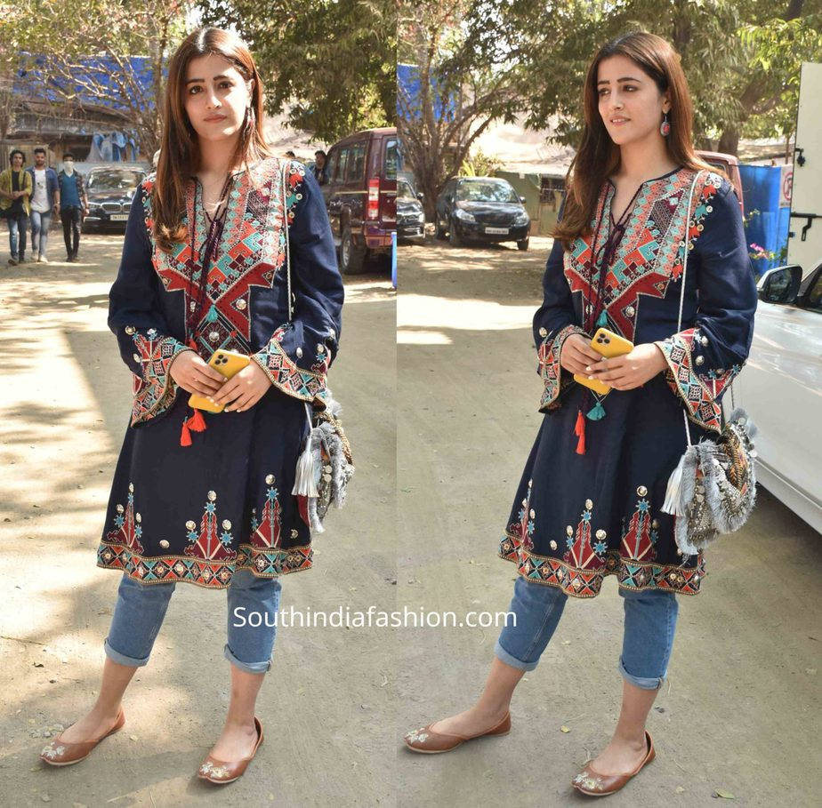 nupur sanon jeans with embroidered kurta
