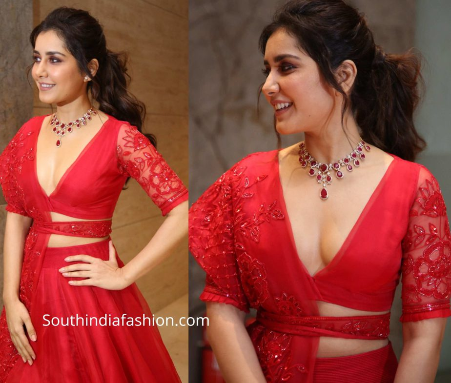 raashi khanna in red lehenga at world famous lover pre release function (3)