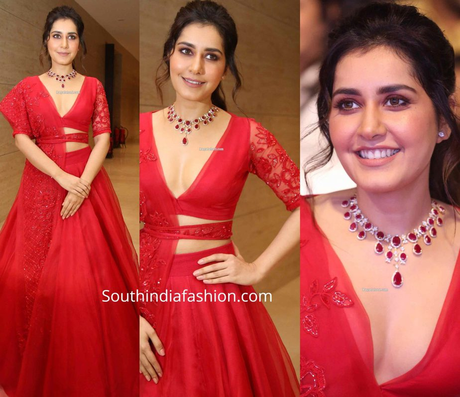 raashi khanna in red lehenga at world famous lover pre release function (1)