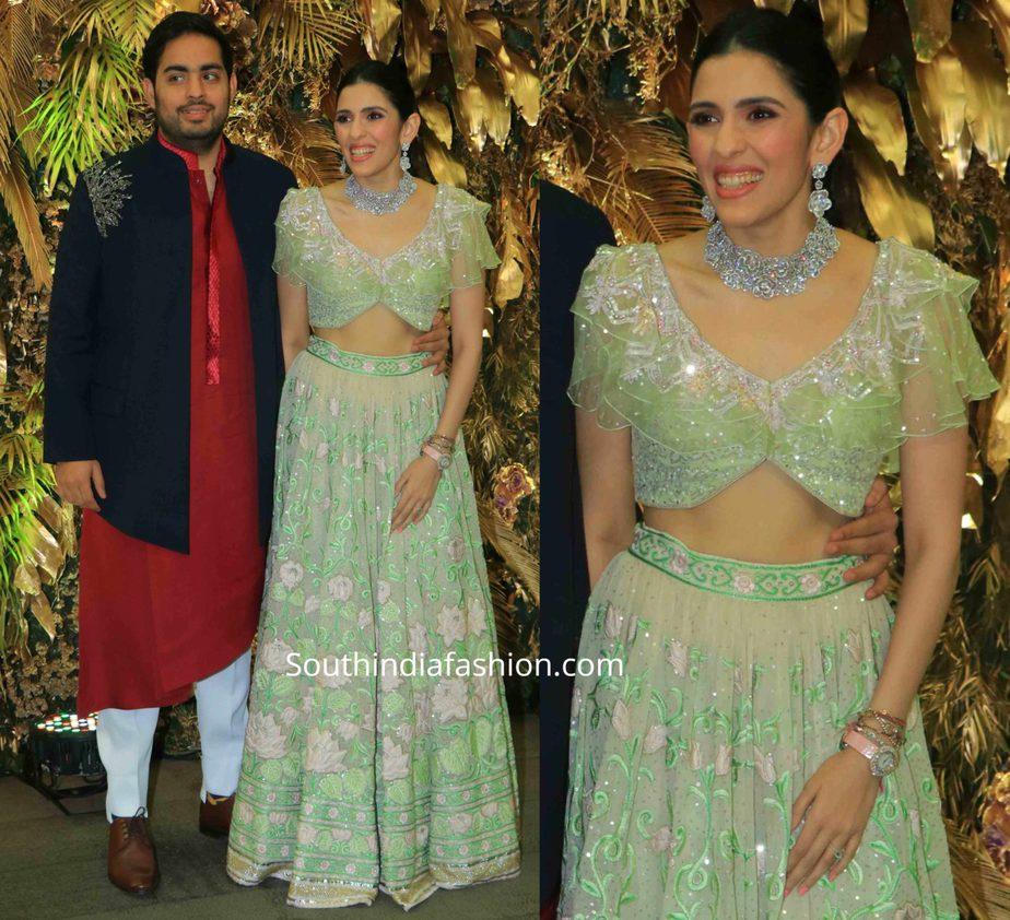 shloka ambani green lehenga at armaan jain wedding reception (1)