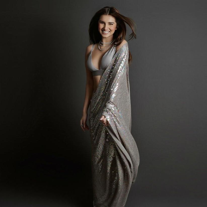tara sutaria in grey manish malhotra sequin saree