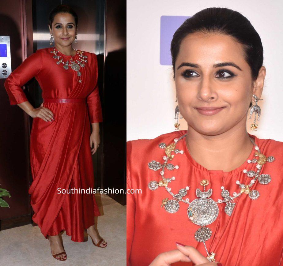 vidya balan in red saree dress at filmfare arwads press meet
