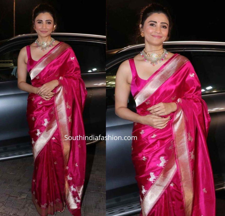daisy shah in a pink banarasi silk saree