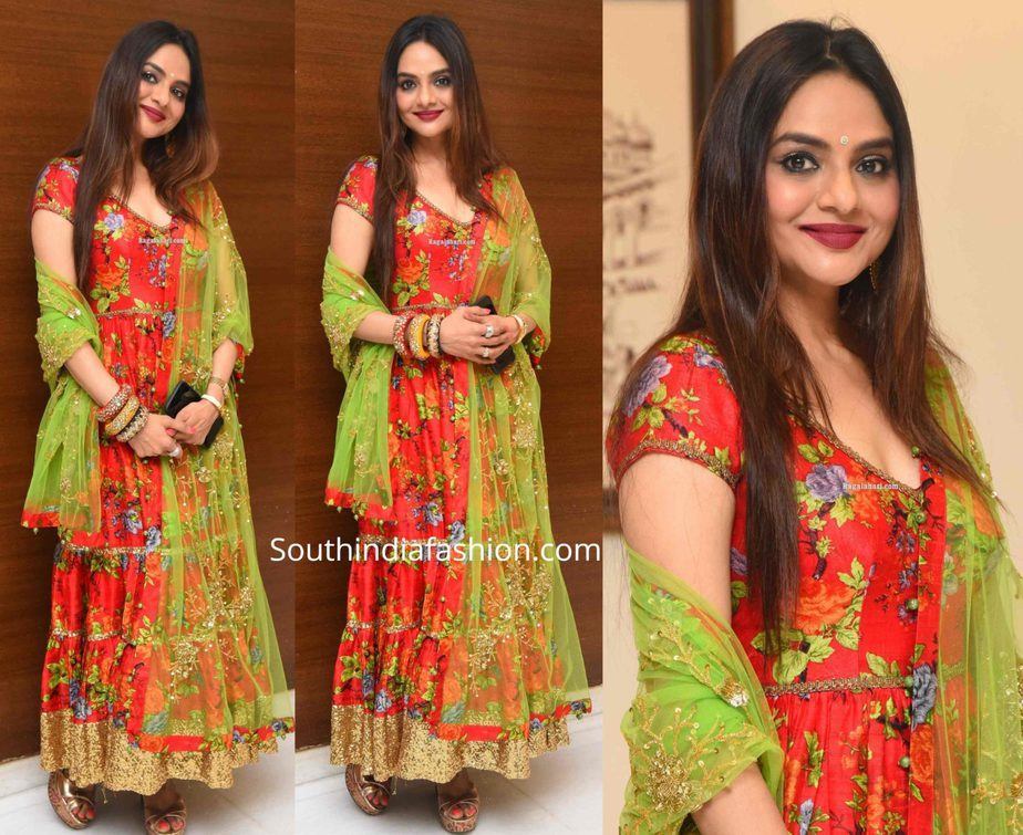 madhubala in red anarkali at college kumar pre release event