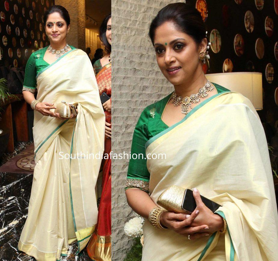 nadhiya in cream color kasavu saree at jayasudha son wedding reception (2)