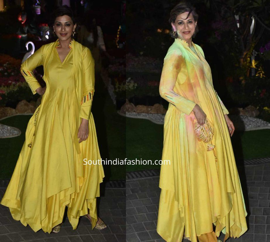 sonali bendre in yellow anarkali suit at isha ambani holi party (1)