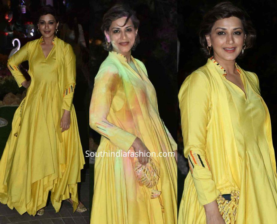 sonali bendre in yellow anarkali suit at isha ambani holi party (2)