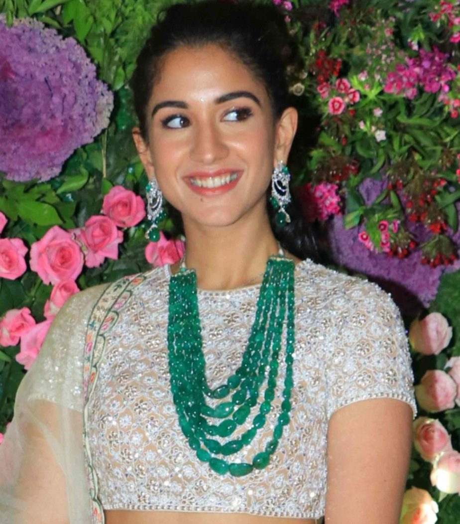trending south indian jewellery for wedding reception