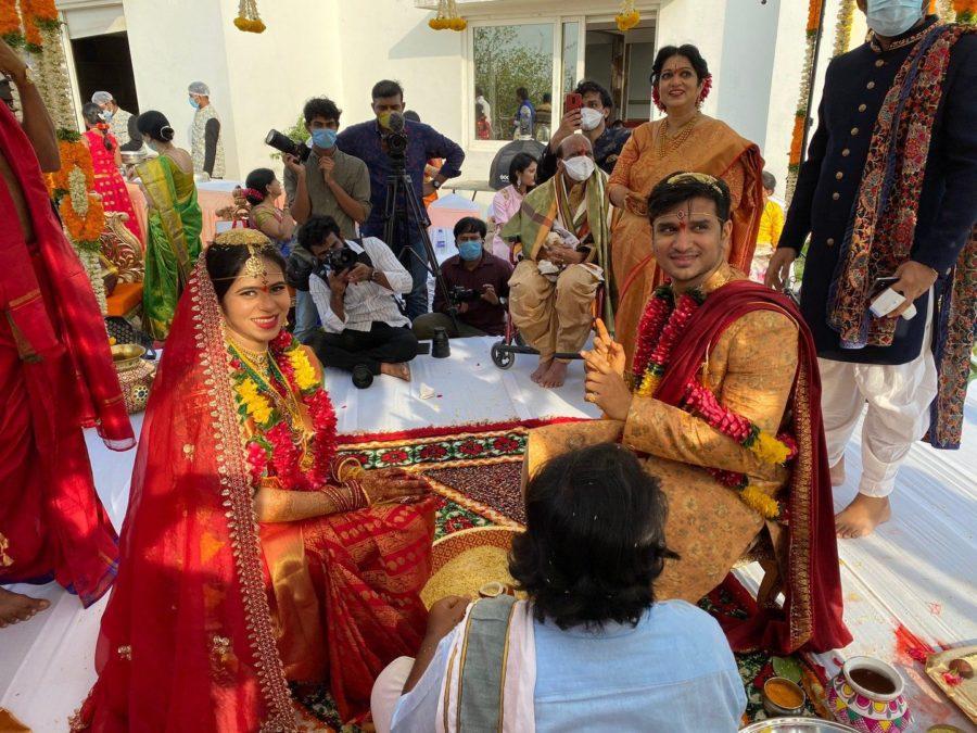 hero nikhil and pallavi varma wedding marriage photos (5)