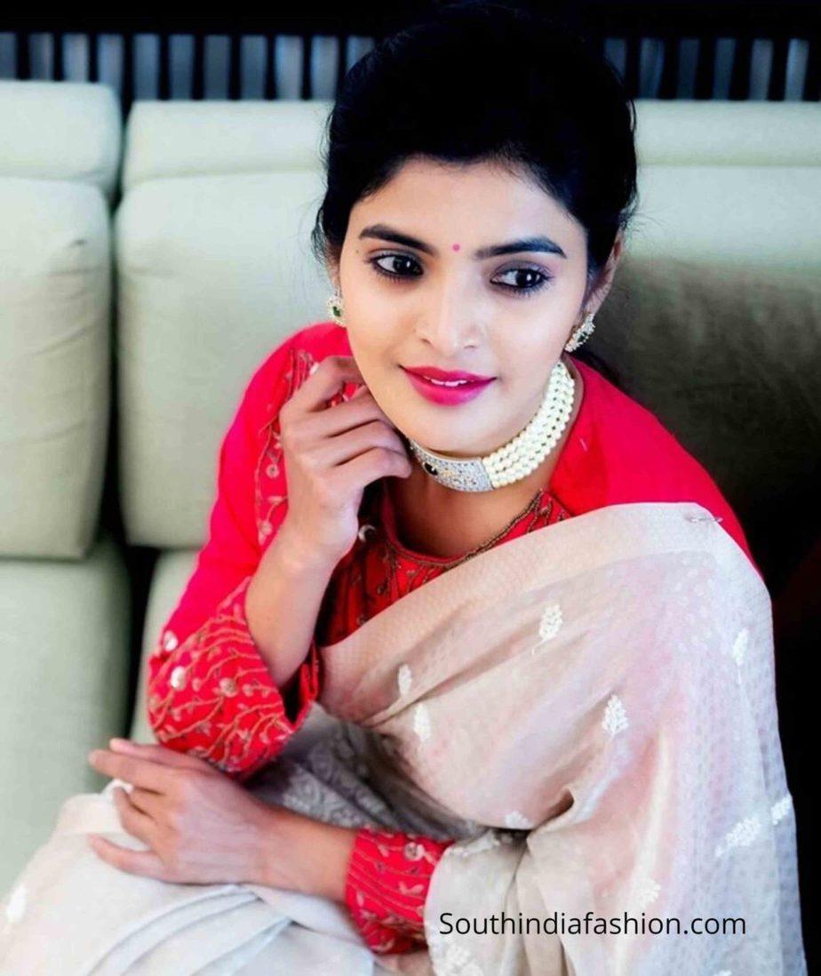 sanchita shetty white saree pink blouse