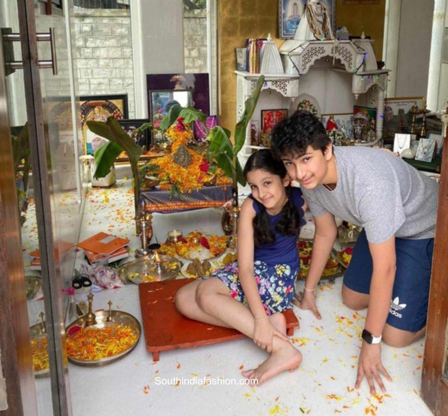 mahesh babu family ganesh puja 2020 (2)