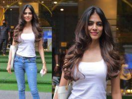 malavika mohanan casual dress jeans white top