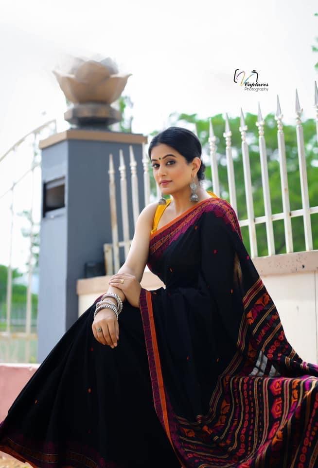 Priya Mani Raj in Handloom Saree