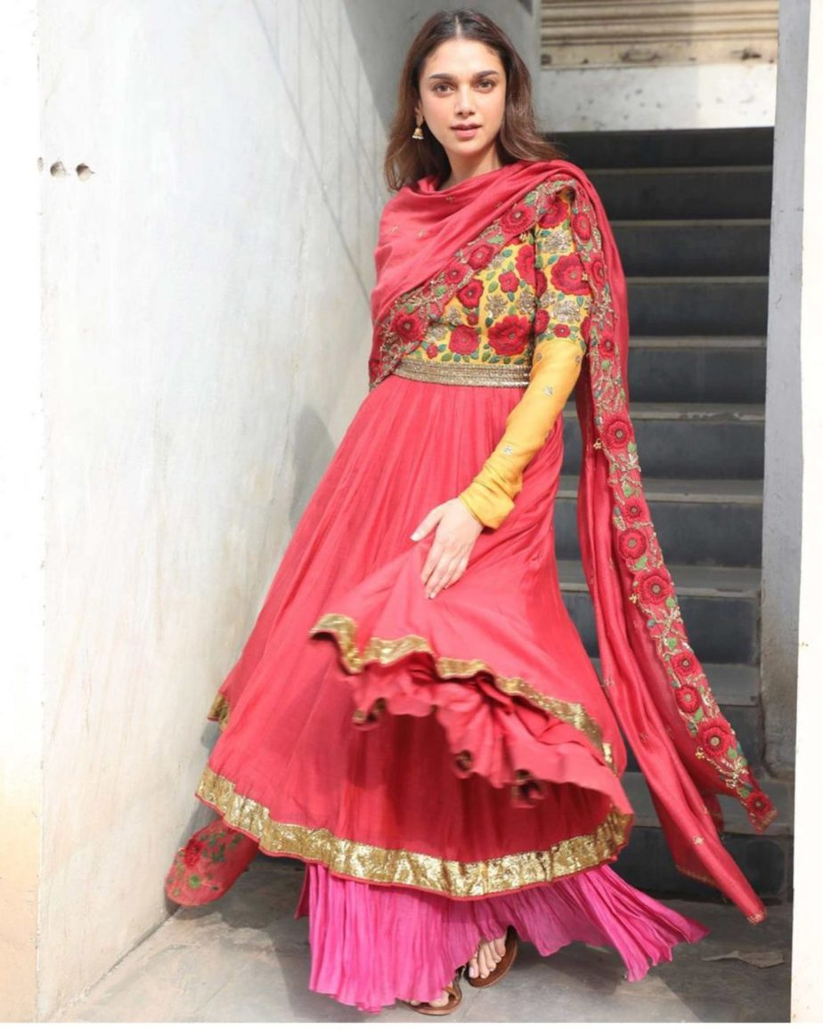 aditi rao hydari v movie red anarkali suit (1)
