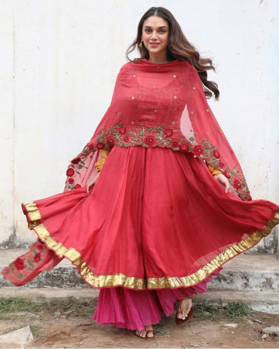 aditi rao hydari v movie red anarkali suit (2)