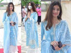 divya khosla kumar ganesh puja blue white palazzo suit (1)
