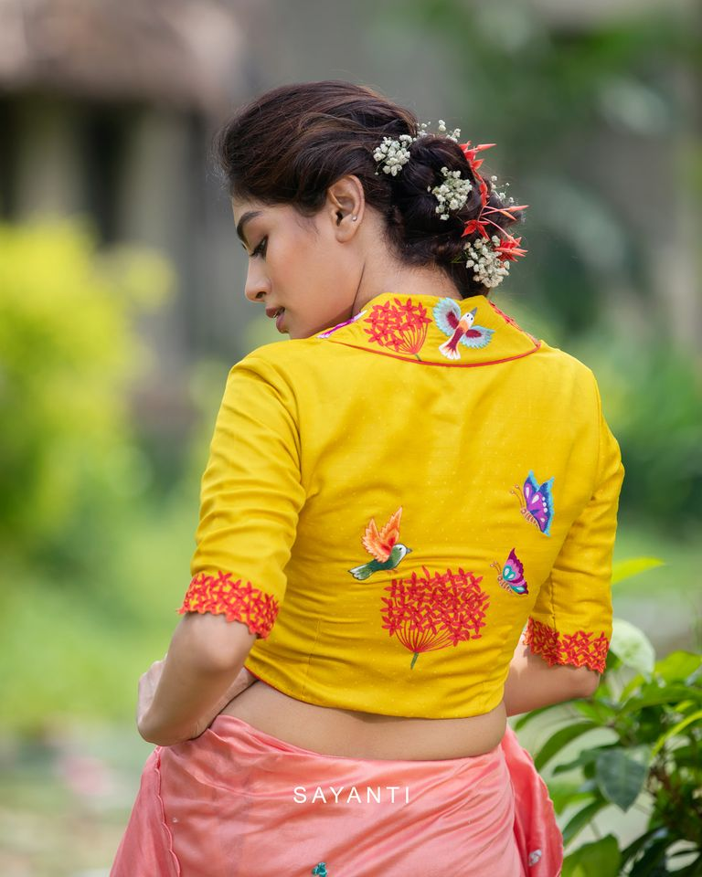 floral embroidered saree blouse designs (1)