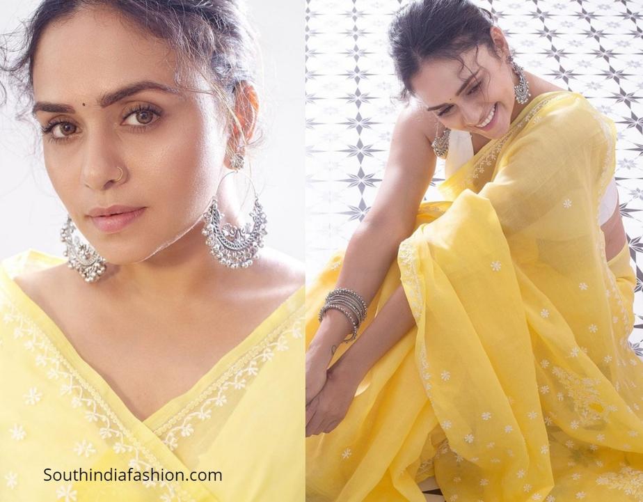 Amruta Khanvilkar in yellow cotton saree