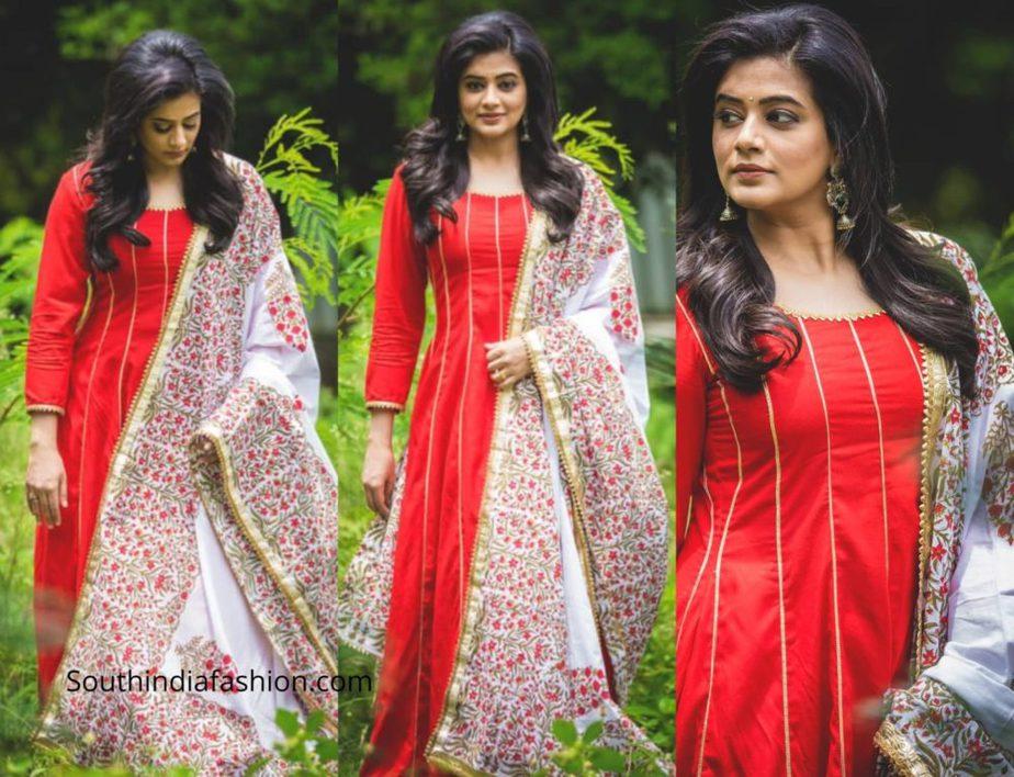 Priyamani in a red salwar set by the wedding brigade