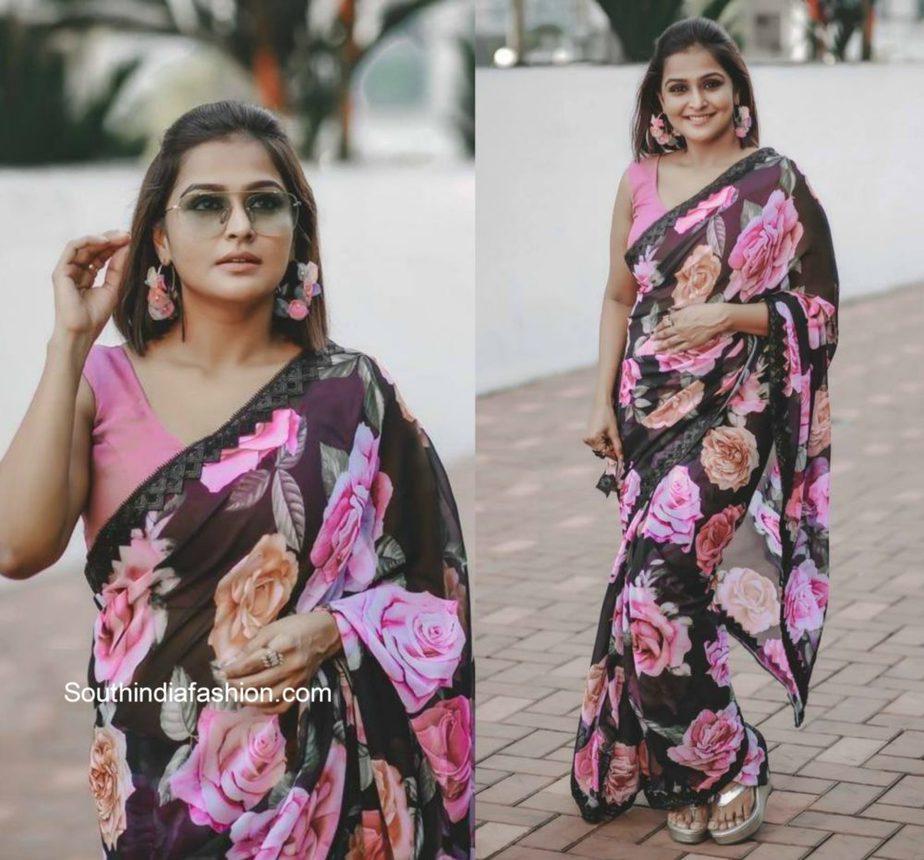 Remya Nambeesan in pink floral saree3