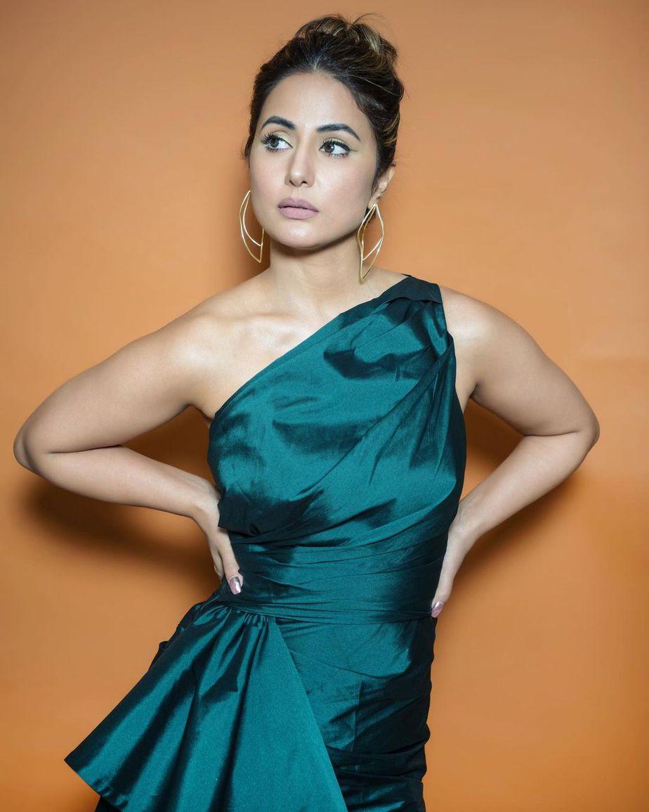 Hina Khan Weekend Attire in Big Boss