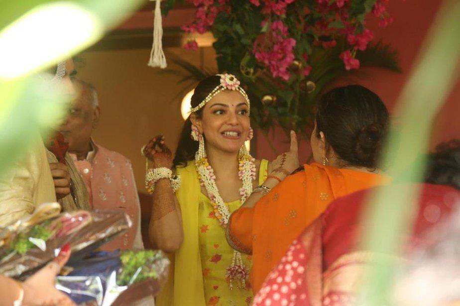 kajal aggarwal haldi function photos (4)