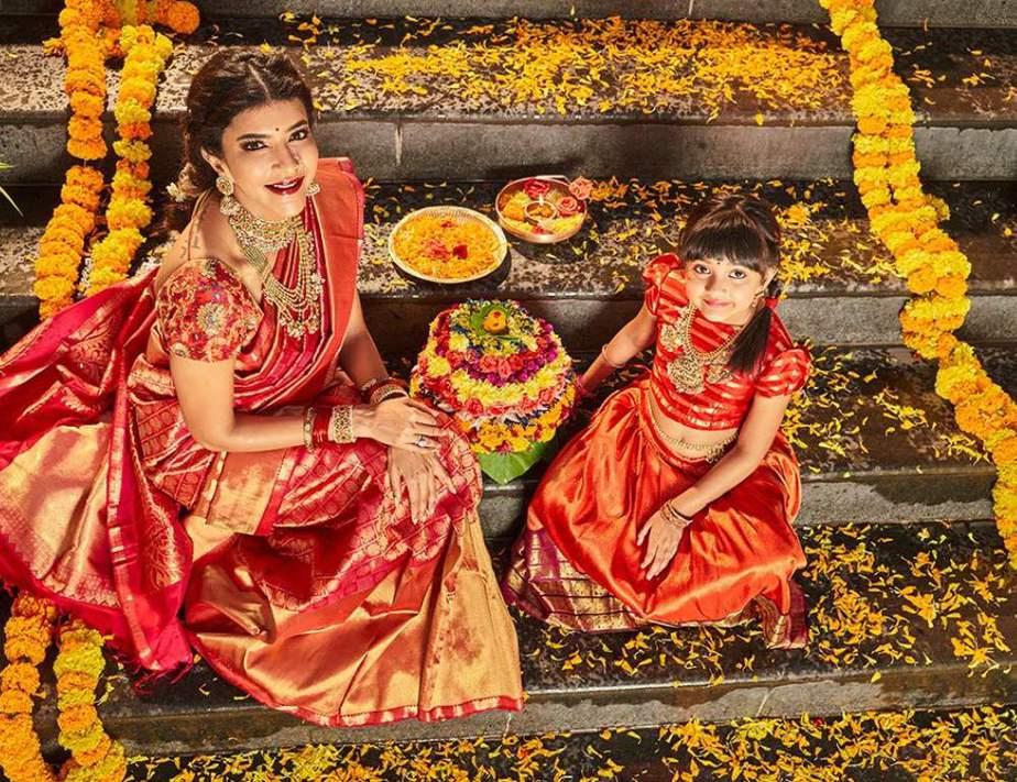 lakshmi manchu dussehra celebrations photos (1)