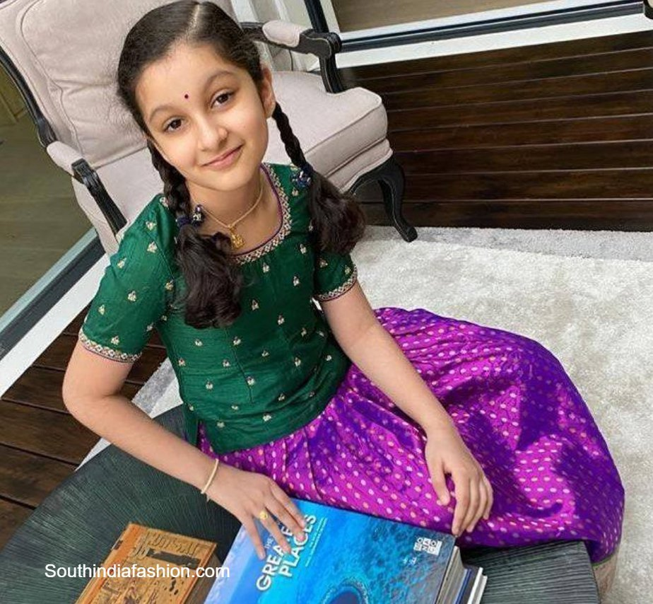 mahesh babu daughter sitara in pattu lehenga (1)