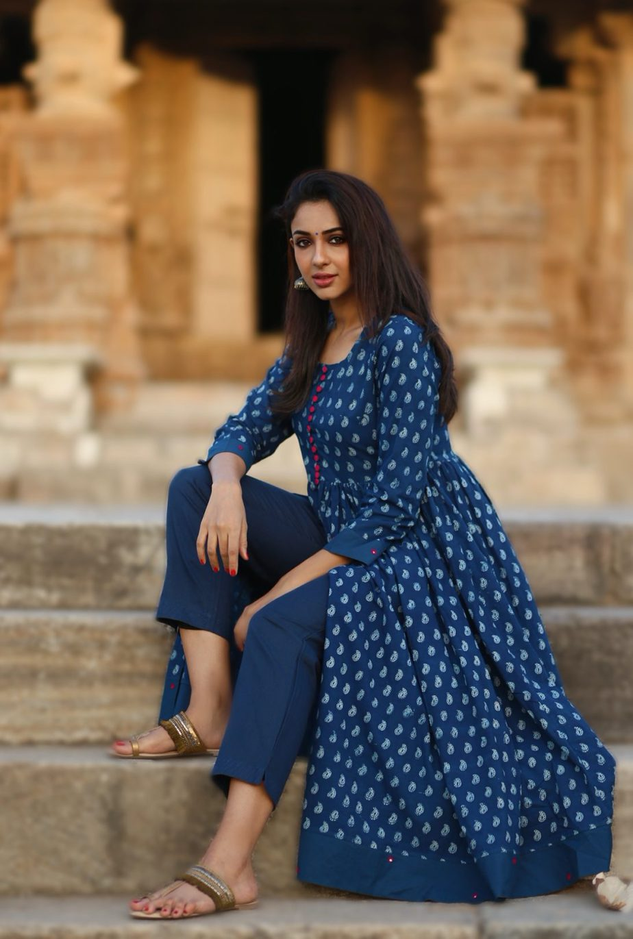 riya suman in blue kurta set (1)