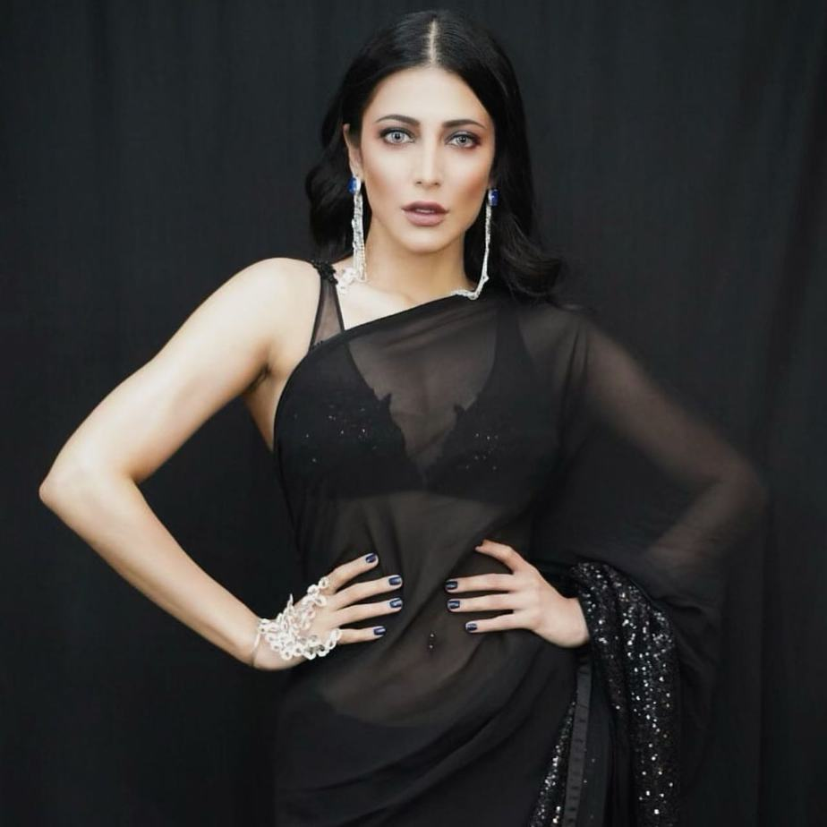 shruti haasan black saree photos (2)