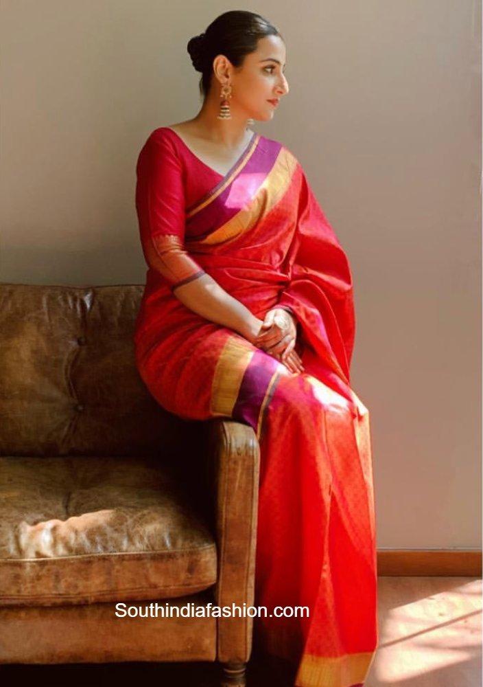 vidya balan in a red silk saree (3)