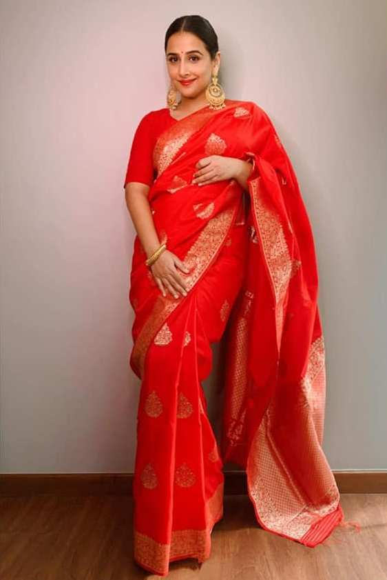 Vidya Balan spotted in another gorgeous festive saree look!