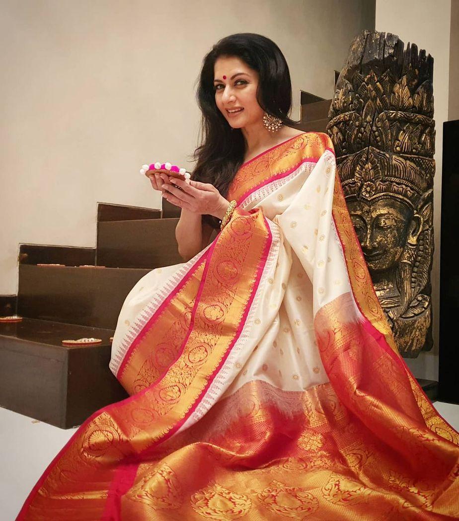 Bhagyasree in white pattu saree by vasireddy's 2