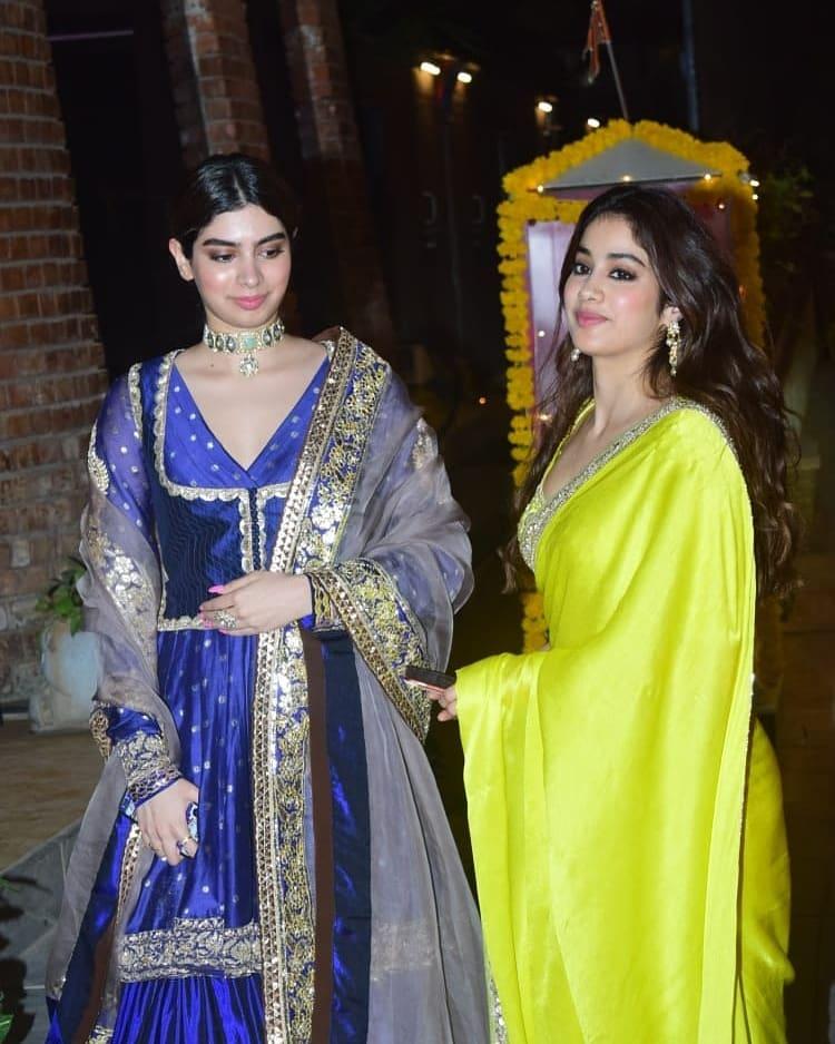 Janhvi and khushi kapoor in manish malhotra for diwali 9