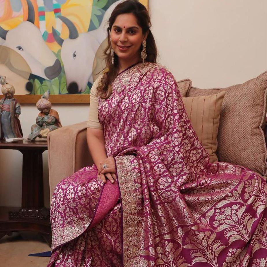 Upasana Konidela in anita dongre saree for mother's 60th b'day1