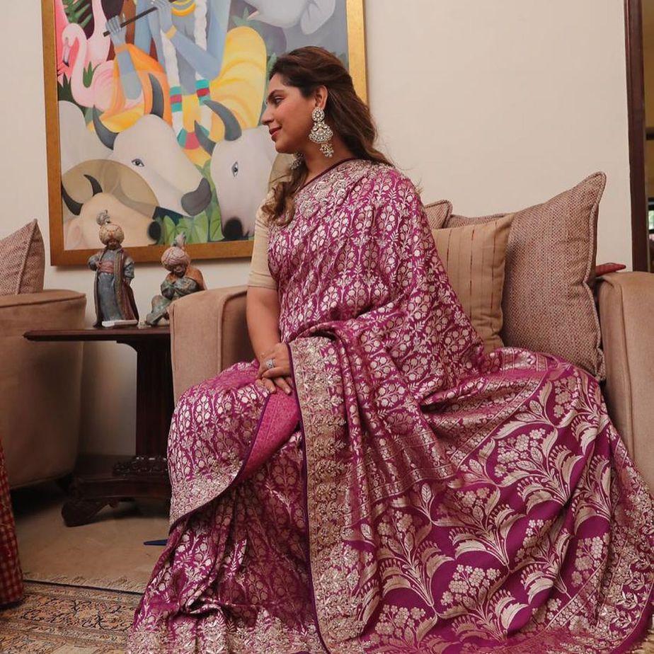 Upasana Konidela in anita dongre saree for mother's 60th b'day3