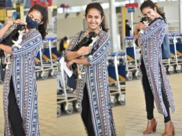 Avika gor in a front slit kurta papped at the airport
