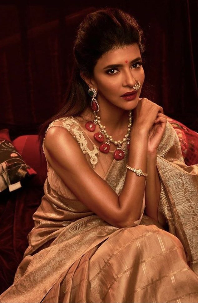 Lakshmi manchu in a golden saree 1.3
